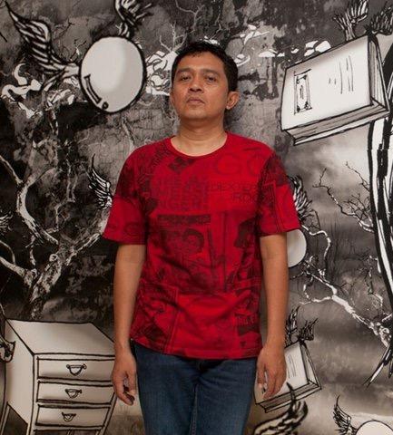 Itjuk, Gallery Curator