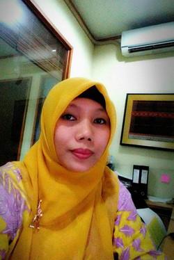 Ziki Mariyah, Finance