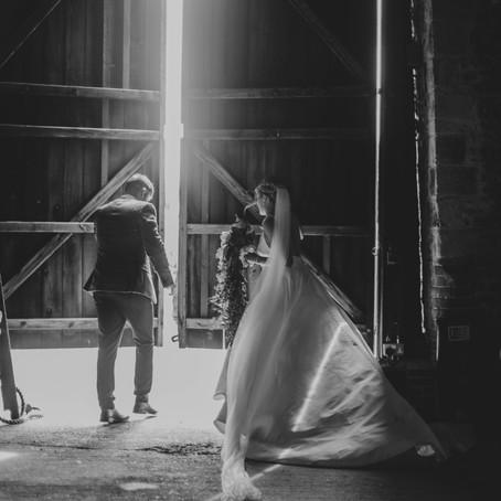 Real life wedding: laura & brad