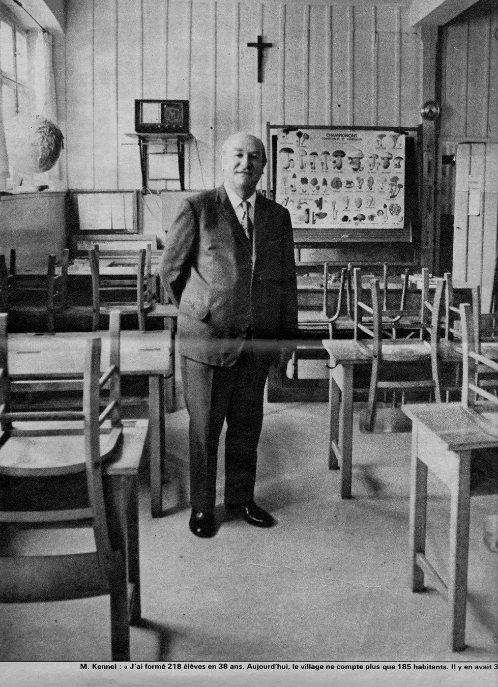 Alfred Kennel Instituteur de Bernardvill