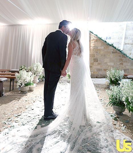 lauren-conrad-wedding-dress.jpg