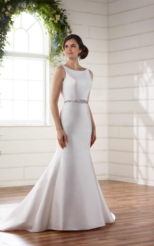 Simple Wedding Dress in Style of Meghan Markle