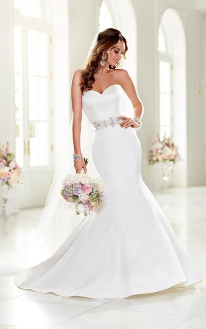 Stella York 6005 Wedding Dress Heart Neckline