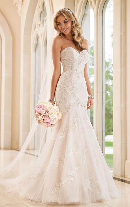 Stella York 6051 Wedding Dress Sweetheart Neckline
