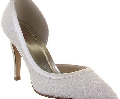 Head Over Heels...Wedding Shoe Trends!