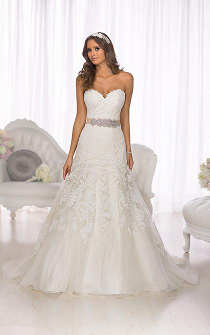 Essense Wedding Dress D1679.jpg