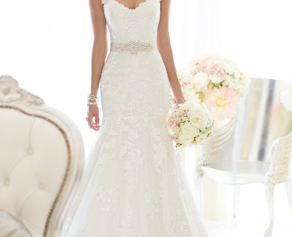 Say Yes To The Dress...Essense D1617