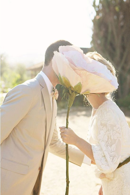Large Paper Flower for Wedding Photos