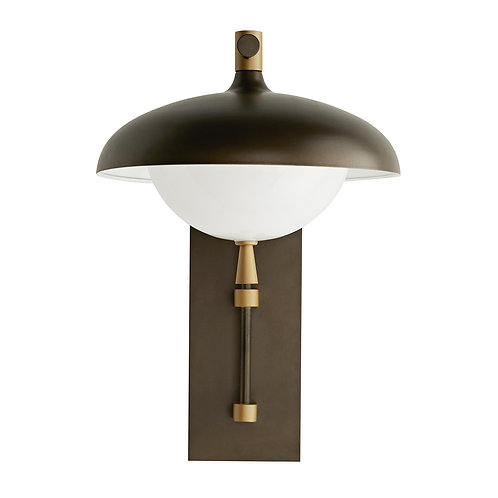 Stanwick Outdoor Sconce, Aged Brass