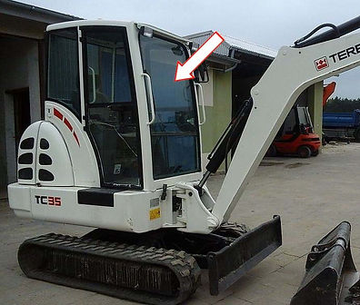 Стекло для мини-экскаватора TEREX TC35 | Стекло лобовое верхнее | Стекло лобовое | TEREX | Терекс