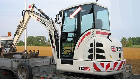Стекло для мини-экскаватора TEREX TC35 | Стекло дверное верхнее левое | Стекло дверное верхнее | Стекло дверное | TEREX | Терекс