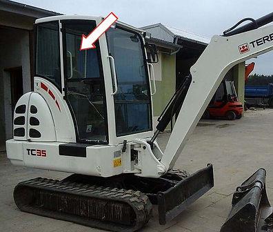 Стекло для мини-экскаватора TEREX TC35 | Стекло дверное верхнее правое | Стекло дверное верхнее | Стекло дверное | TEREX | Терекс