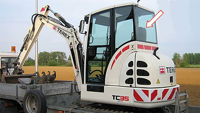 Стекло для мини-экскаватора TEREX TC35 | Стекло заднее | TEREX | Терекс