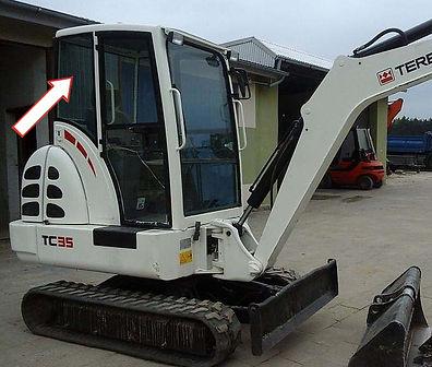 Стекло для мини-экскаватора TEREX TC35 | Стекло кузовное заднее правое | Стекло кузовное заднее | Стекло кузовное | TEREX | Терекс