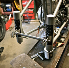 plunger rear suspension