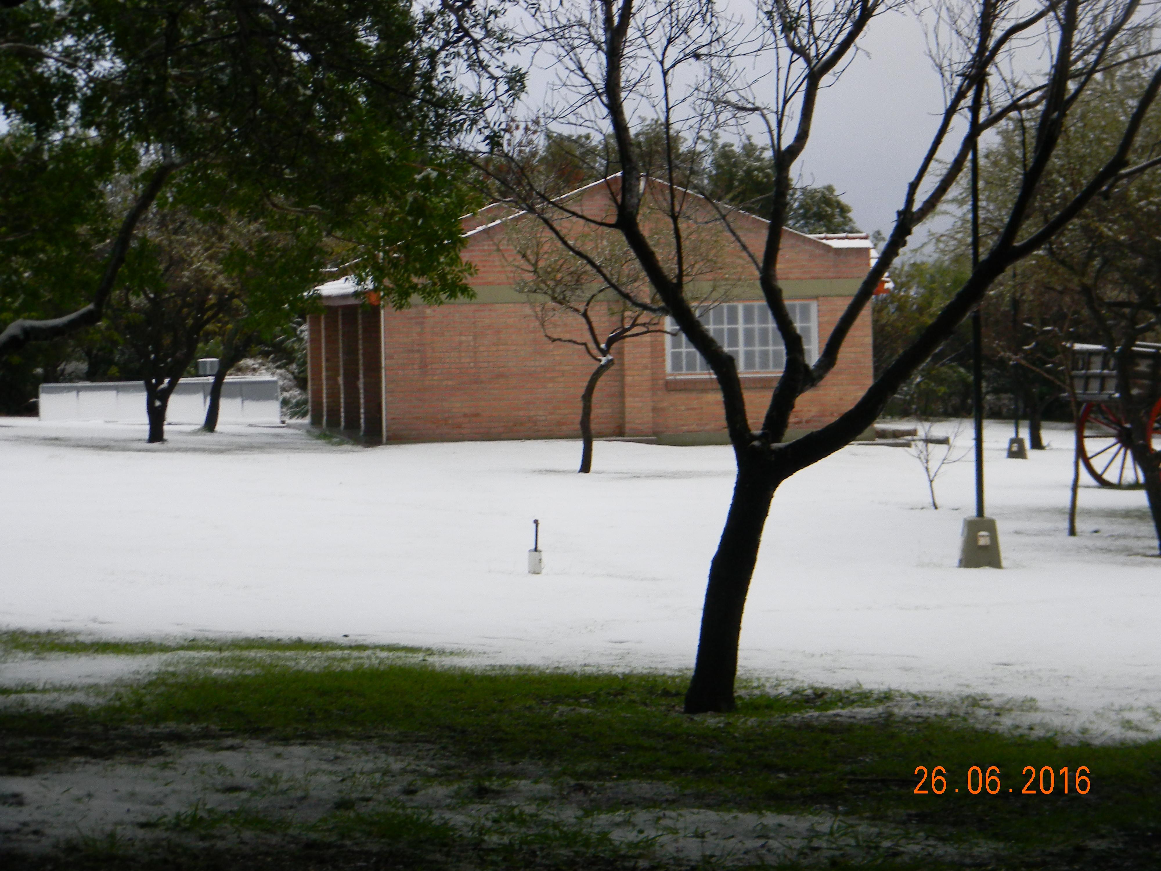 Pileta climatizada Nevada 3