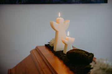 Was tun im Trauerfall Bestattungen Zapatka