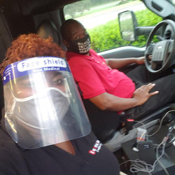 Mask me & bus bae