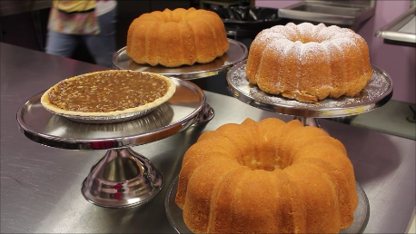Cakes & pies from JaWanda's Sweet Potato Pies