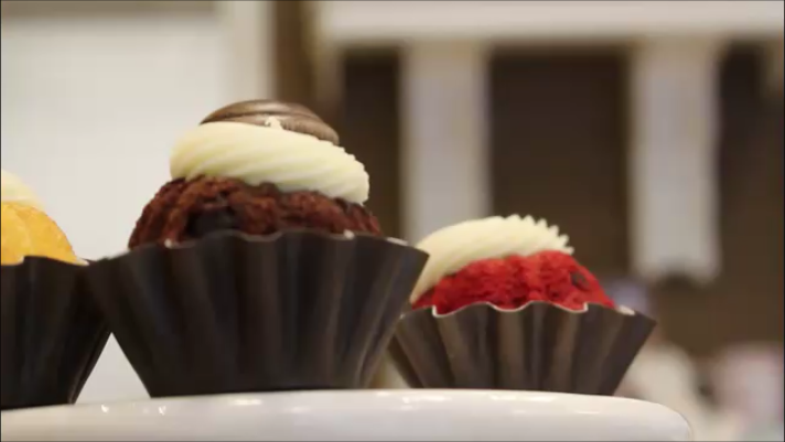 Mini's Nothing Bundt Cakes