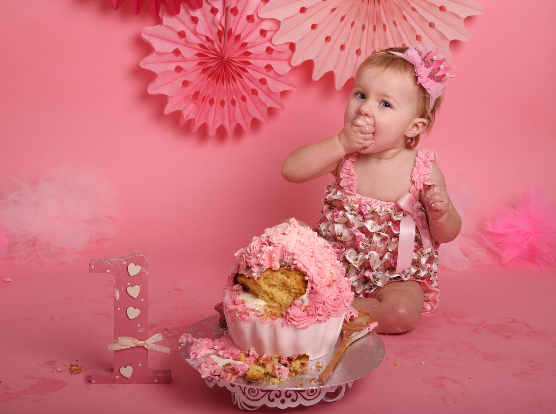 Cake smash photographer oxfordshire