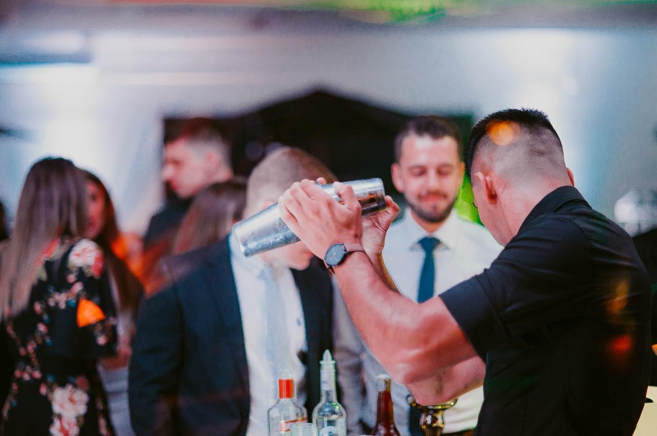 Bartender Operação Open Bar