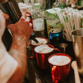 bar de caipirinhas e drinks