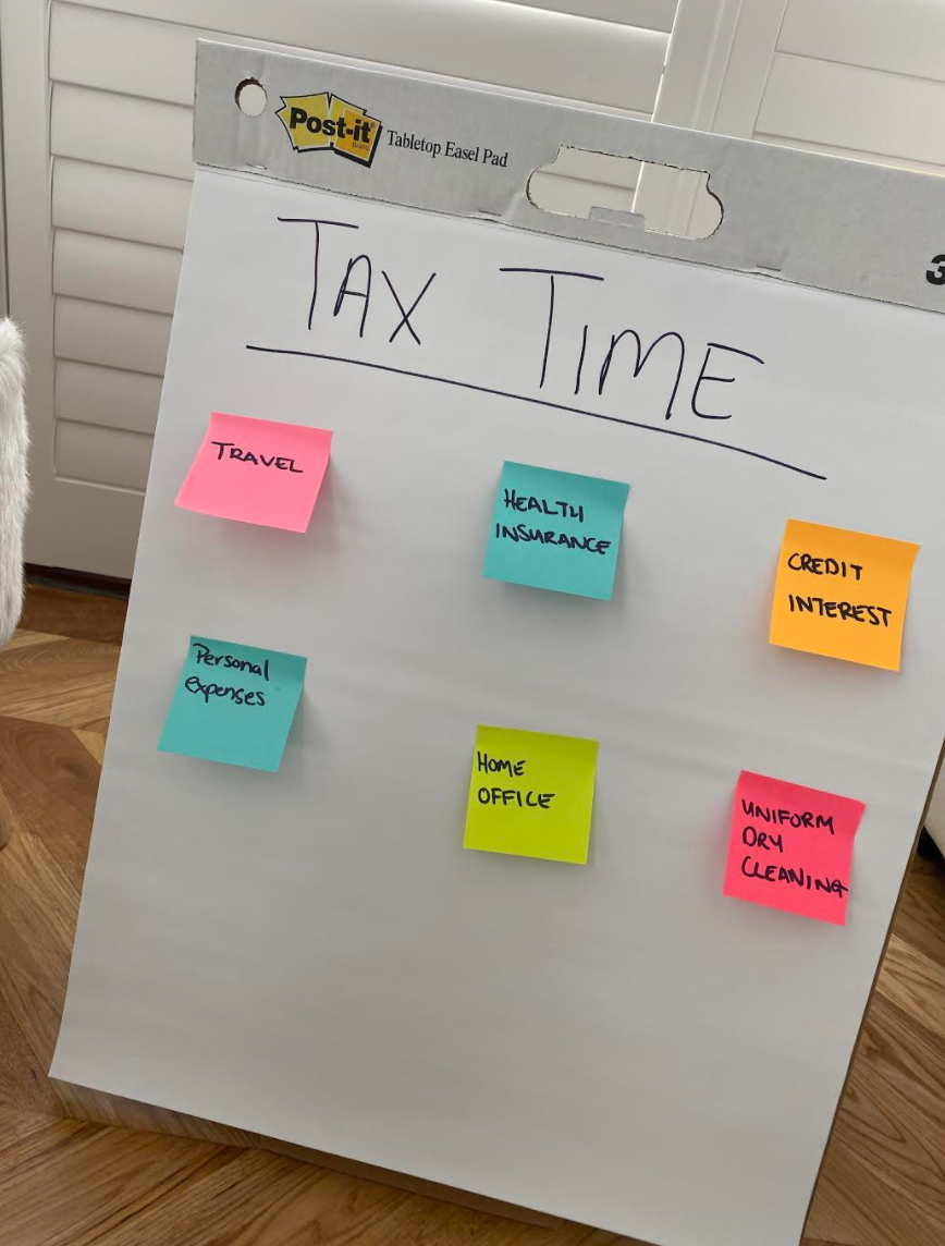 Tax time hacks with Post-it