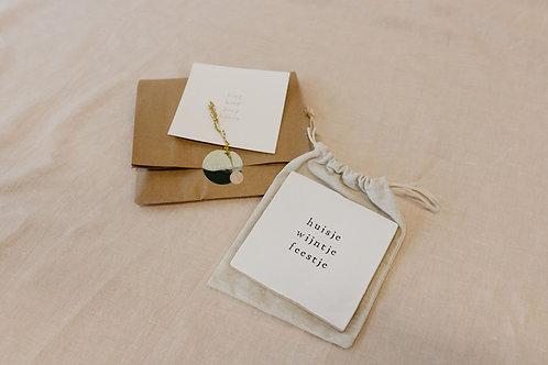 Cadeautje - tegeltje + goudfolie kaart