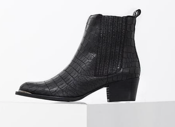 Boots en cuir noir effet reptile