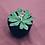 Thumbnail: Pin's fleur avec trèfle à 4 feuilles