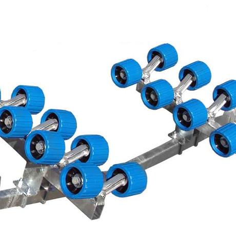 U bolt construction for complete adjustment