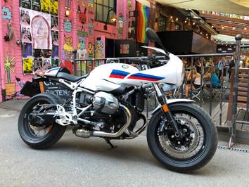 BMW R nine T Racer - Må ikke forveksles med retro romantikk - dette dreier seg om gate-racing - og d