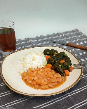 Seco de res norteño con arroz con choclo y frejol canario (para dos)