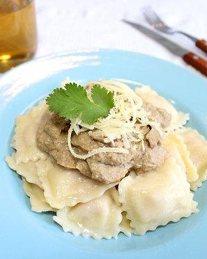 Ravioles de ricotta con salsa de champiñones (para dos)