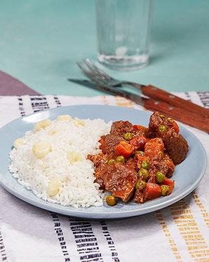 Carne de res picante y arroz con choclo (para dos)