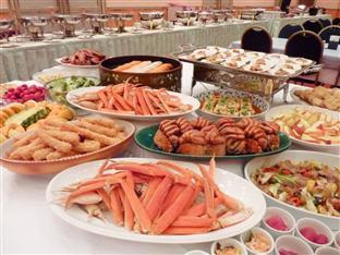 Free Buffet Lunch at Hokkaido!