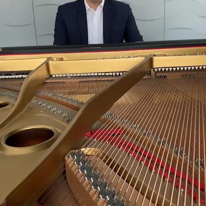 Nicholas Deek plays All of Me.mp4