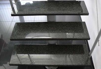 china-nero-impala-g654-granite-stairs-p1