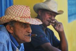 hombres de cuba