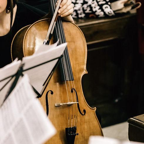L'Hypnose du Musicien propose de nombreux ateliers sur mesure destinés aux musiciens et artistes.