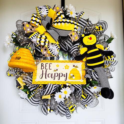 Bee Wreath, summer wreath, spring wreath, spring wreath for front door, yellow