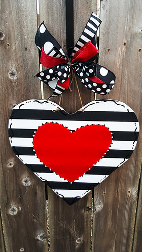 Valentine's day door hanger,  Valentine's wreath,  Valentine's door decor