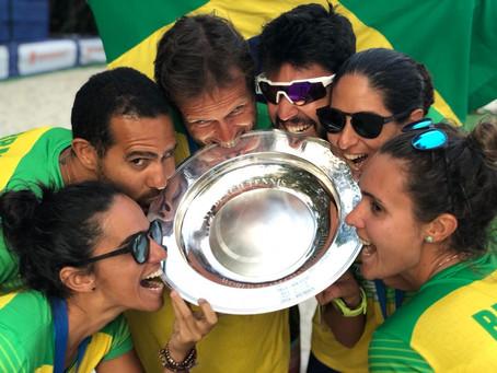 Campeã mundial, a Seleção Brasileira de Beach Tennis treina em Porto Alegre