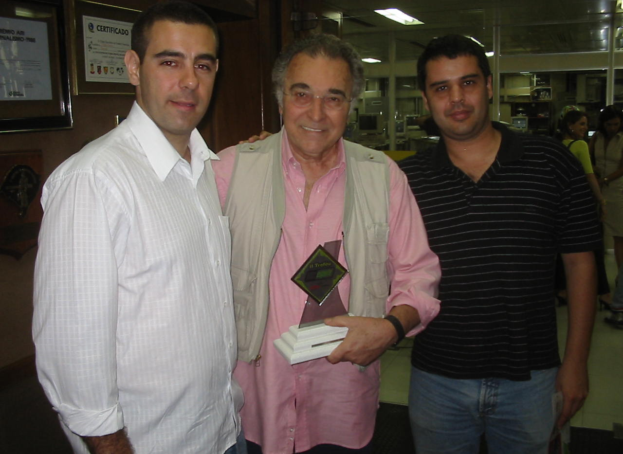 Troféu 100% Esporte.JPG