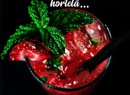 A Hortelã utilizada como ingrediente de drinks e caipirinhas