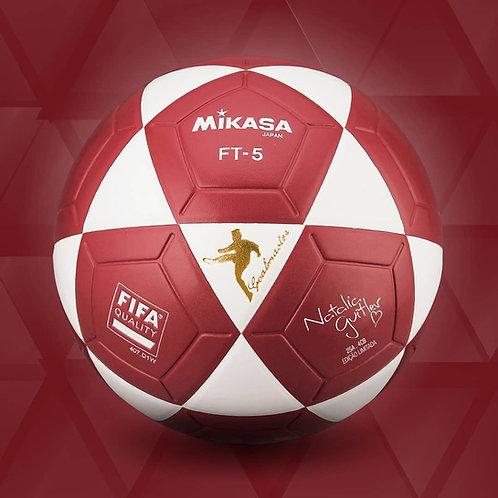 Bola de Futevôlei Oficial Mikasa FT5 - Natalia Guitler