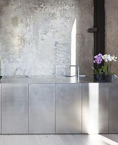 minimal kitchen.jpg