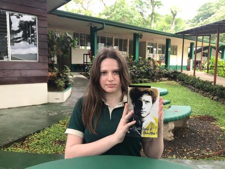 Estudiante de Noveno Año, publica su primera novela