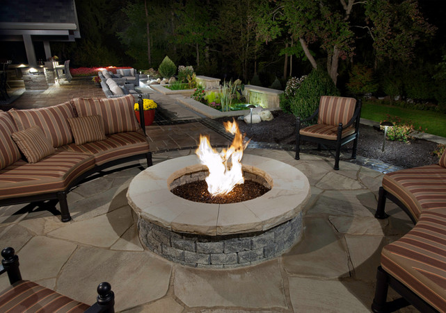 Fire Pit Circle for Outdoor Living Space